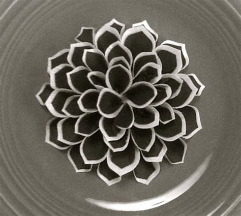Wafer Paper Fantasy Flower Tutorial | fantasy flower from wafer paper and frosting sheets