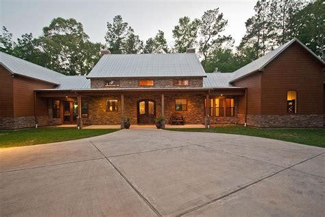 texas ranch house plans ranch style house plan 3 beds 2 5 baths 2693 sq ft plan