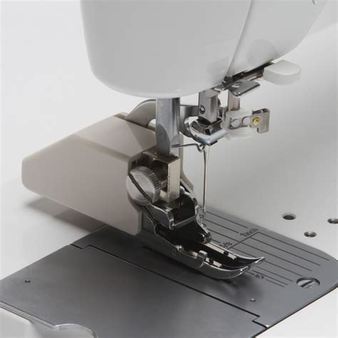 Arm Sewing Machine For Quilting by Juki Tl 2000qi 9 Quot Arm Sewing Quilting Machine