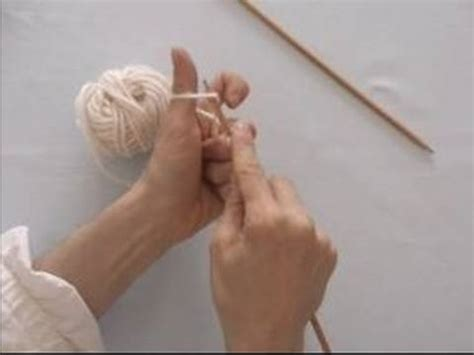 how to cast on knitting stitches basic knitting tips techniques how to cast on knitting