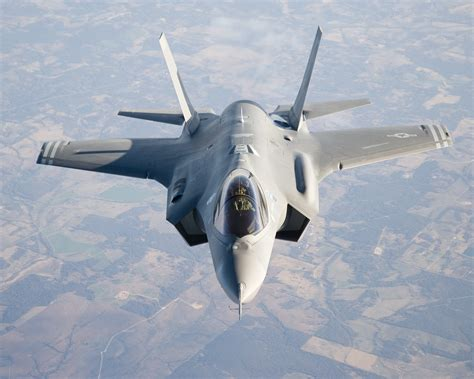 F 35 Lighting Ii by Wallpaper Lockheed Martin F 35 Lightning Ii Plane
