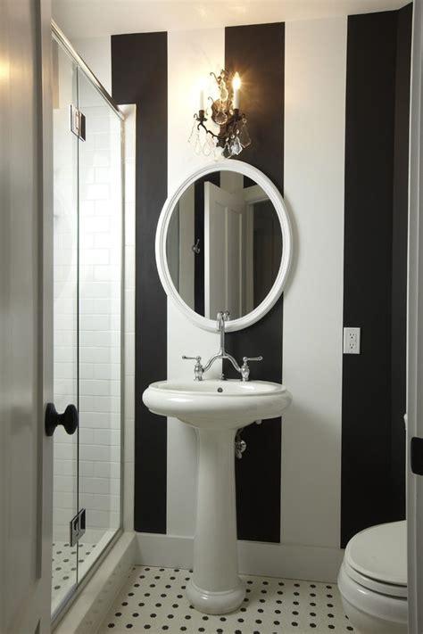 Bien Idee Deco Papier Peint Salon #4: Decoration-wc-toilette-papier-peint-noir-et-blanc.jpg