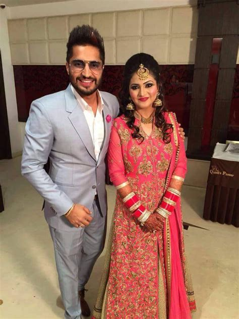 Marriage Pics Of Jassi Gill With Wife | jassi gill marriage pics with wife hd