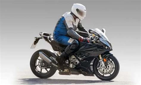 Bmw F750gs 2020 by Bmw S1000rr 2019 Le Foto Spia Motociclismo