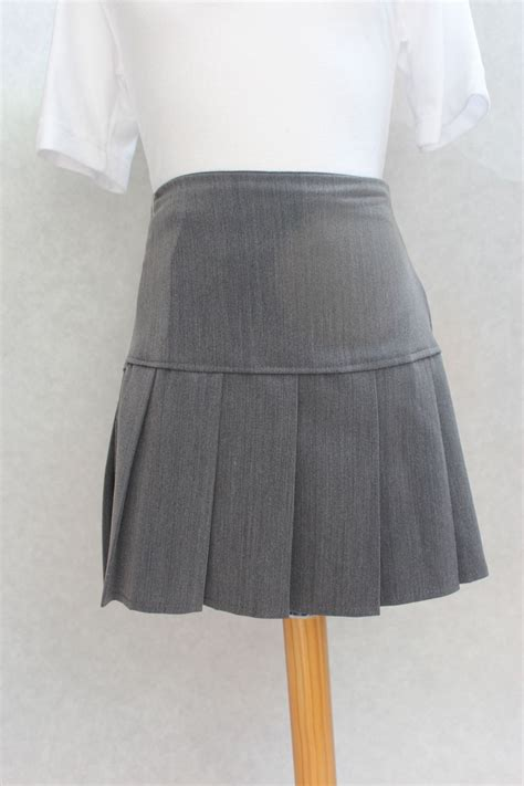 grey pleated skirt awbridge