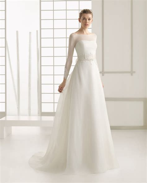 28 Breathtaking Winter Wedding Dresses for 2016