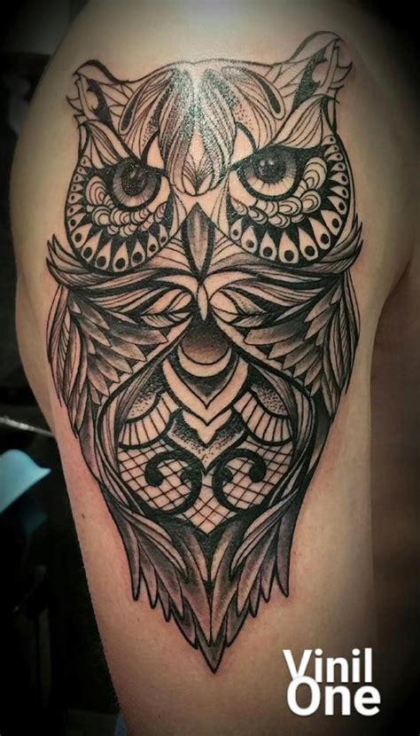 vinil one chez tattoo paradyse salons de tatouage 93 94