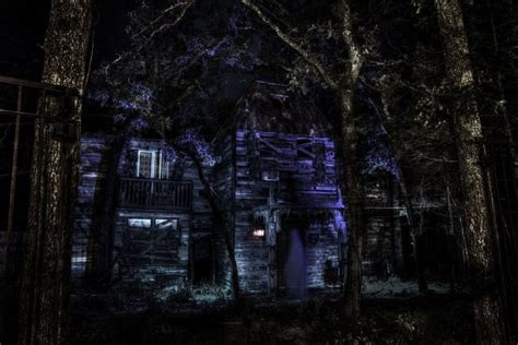 scariest haunted house in texas the 10 scariest haunted houses in texas to visit this halloween