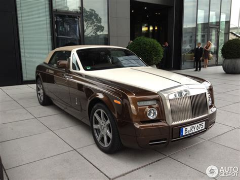 roll royce brown all colours of the rainbow rolls royce phantom drophead coup 233