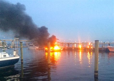 fire boat basin boat fire at fort myers yacht basin waterway guide news