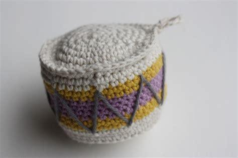 crochet patterns for drummers crochet club crochet drum ornament tutorial in danish by froken maj