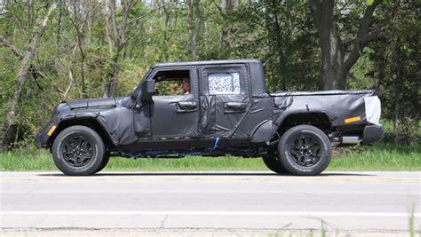 jeep gladiator estimated price  car reviews