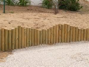 Impressionnant Bordure Jardin Rondin Bois #3: rondin-diminu%C3%A9.jpg