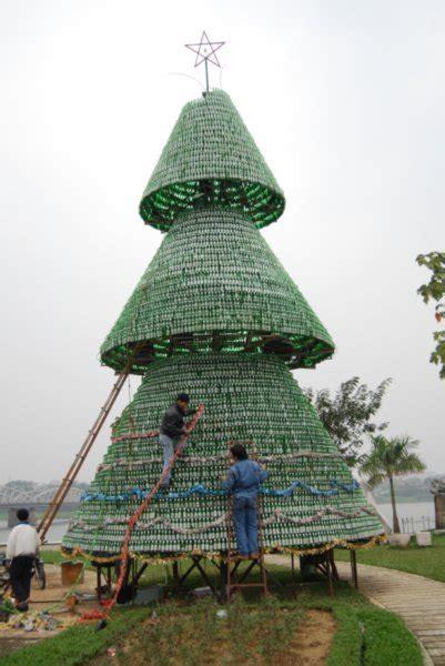 heineken christmas tree photo