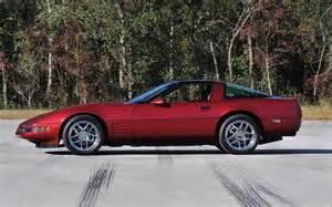 look 2014 chevrolet corvette automobile magazine