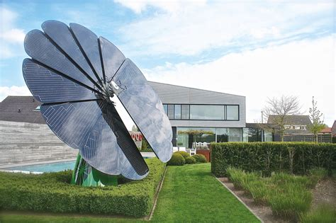 Solar Panel Flowers Charge By Day And Light Up At by Solar Power Takes The Form Of A Sunflower