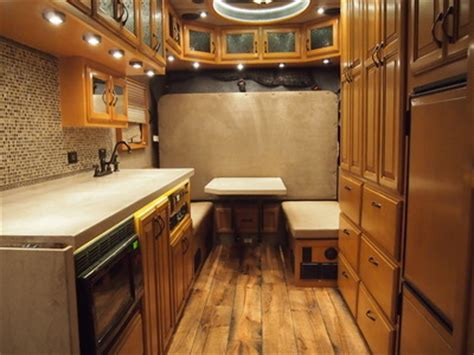 Extended Sleeper Cab by Showcase Ari Legacy Sleepers