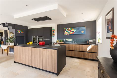 cuisine et noir cuisine noir et blanc et bois