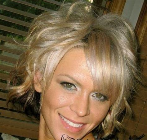 short wig hairstyles for square faces wavy short hairstyle and wig for square faces short