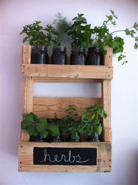 wall herb planter pallet wall herb garden 1001 pallets