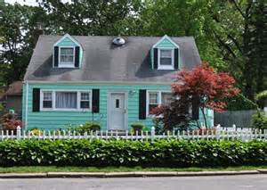 Dormer Room Ideas Picket Fence Homes And Picket Fence Designs