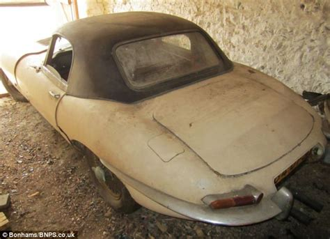how much do jaguars cost e type jaguar sold at auction for 163 109 000 daily mail