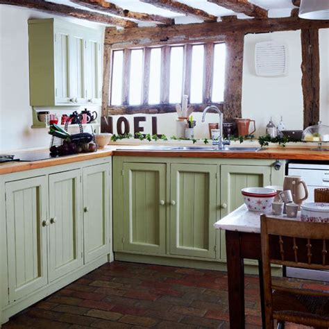 country kitchen ideas for small kitchens small country cottage kitchens memes