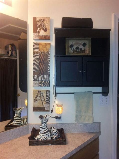 safari bathroom ideas best 25 safari bathroom ideas on pinterest cheetah