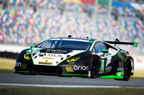 lamborghini race eight lamborghini hurac 225 n gt3 cars racing for rolex 24 at