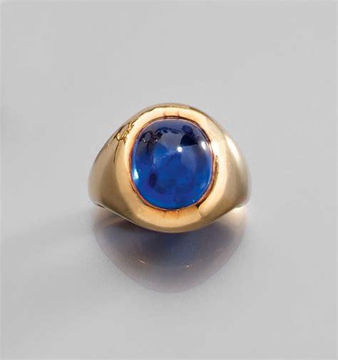 Blue Sapir Selon alexandre reza magnifique bague cabochon saphir alain r