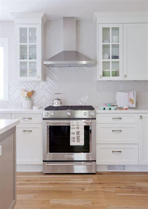 love it or list it kitchen designs 17 best ideas about maple floors on pinterest maple