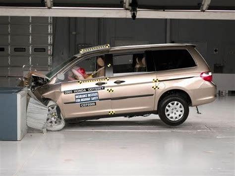 Honda Odyssey Crash Test 2005 Honda Odyssey Moderate Overlap Iihs Crash Test