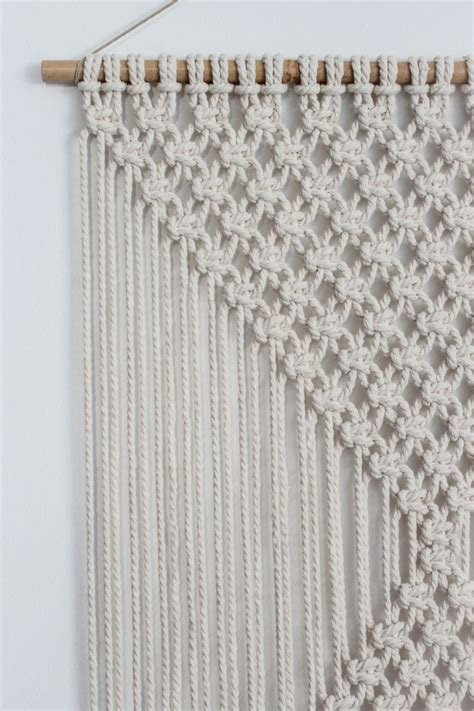 Diy Macrame Wall Hanging - 1000 ideas about macrame knots on macrame