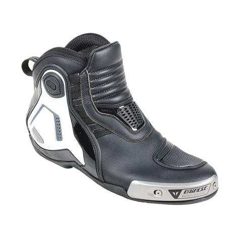 Sepatu Dainese Dyno D1 jual dainese dyno pro d1 sepatu black white