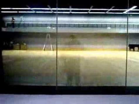 glas elektrisch verdunkeln schaltbares glas elektrochromes glas folie