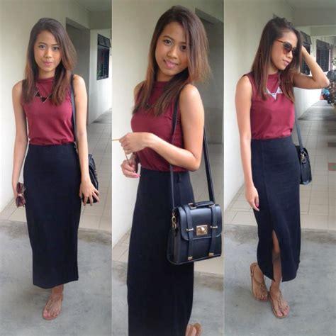 Slingbag Pretty Maroon nurul amira maroon top black side slit skirt