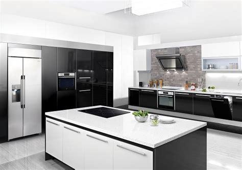 premium kitchen appliances آشپزخانه ای بی نهایت رویایی با لوازم خانگی توکار شیک و