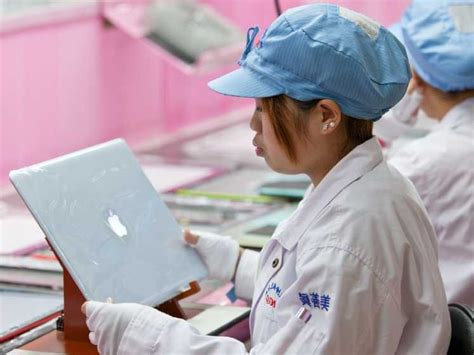 apple factory deaths at apple s factories in china business insider