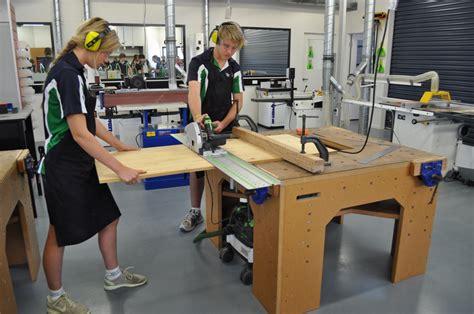 bench hold down cls dalmau workbench dalmau designsdalmau designs