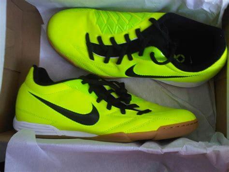 Sepatu Nike T90 dijual sepatu futsal nike ori iasport