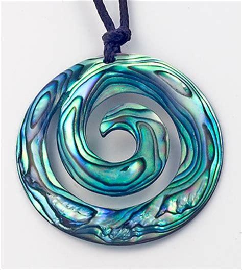kleines badezimmer fliesen ideen 5757 die besten 25 paua shell ideen auf abalone