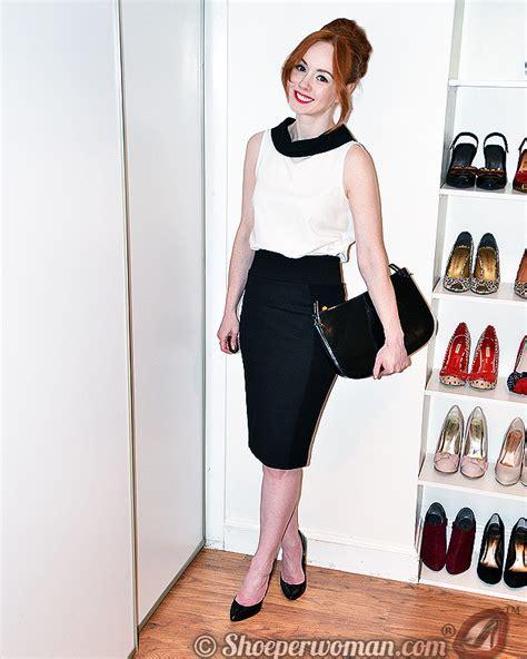 pencil skirt heels wallpaper