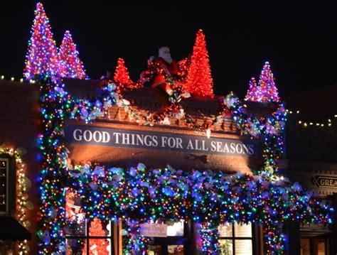 best holiday decorations downtown 2011 grapevine texas