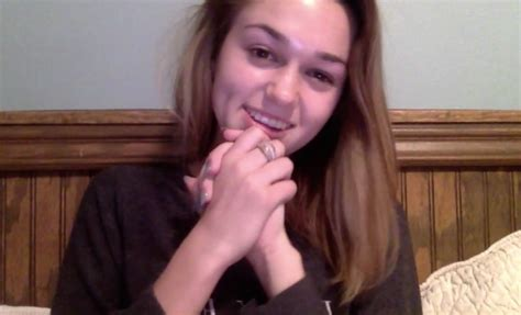 sadie robertson makeup sadie robertson goes makeup free and tells girls quot just be