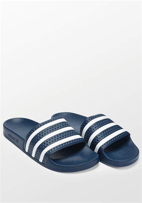 Sendal Sandal Adidas Adilette Biru Dongker Navy Original Murah adidas adilette navy blue and white slides all everything blue and adidas