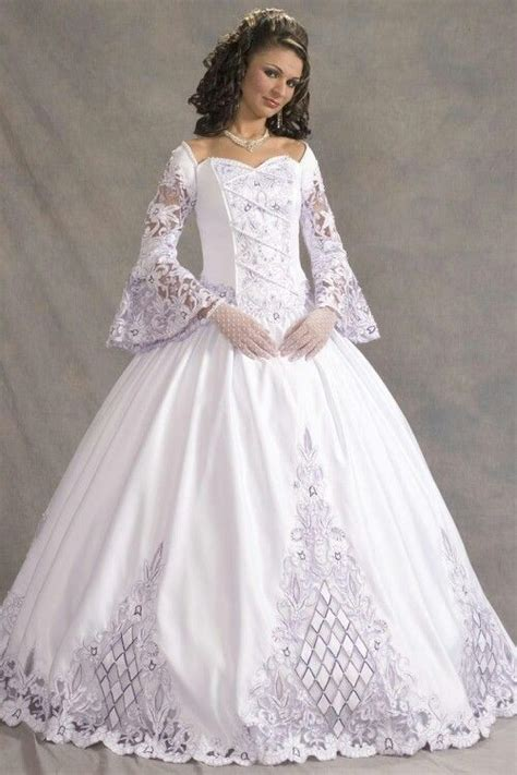 madivas fashion wedding gown 14 best images about old fashioned wedding dresses on