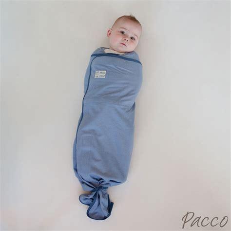 baby bauch schlafen ab wann pucktuch f 252 r babys ab 7kg pacco comodo blau pucken mit