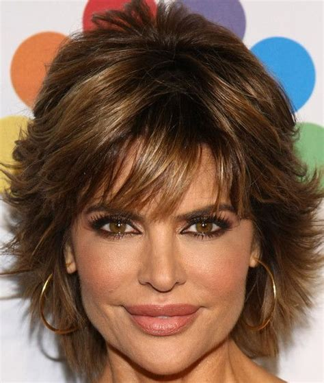 lisa rinna long layered hair lisa rinna layered razor cut lisa rinna cut shorts and