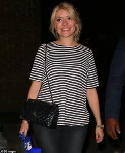 celebrity juice last week pregnant holly willoughby looks radiant leaving celebrity