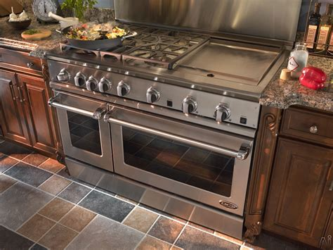 viking range in an island dcs range with griddle and convection oven ooooh my